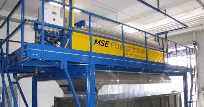 platforms and racks for filter presses